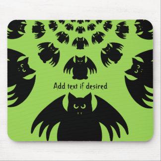 Fun Halloween bat design Mouse Pad