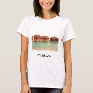 Fun Maldives Island Beach Bungalows Cool Souvenir T-Shirt