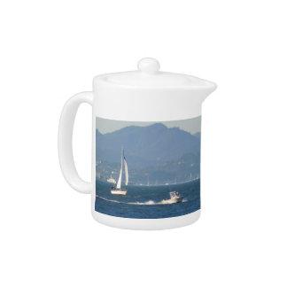Fun on the bay teapot