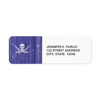 Fun skull cross swords on blue wood panel printed label
