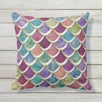 Fun Watercolor  Fish-scale pattern Throw Pillow