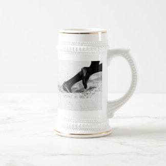 funcionamiento de la arena jarra de cerveza