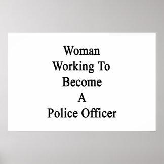 Funcionamiento de la mujer a hacer un oficial de poster