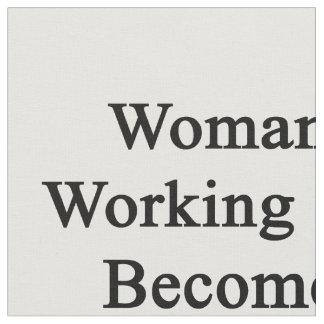 Funcionamiento de la mujer a hacer un trombón telas