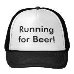 ¡Funcionamiento para la cerveza! Gorro De Camionero