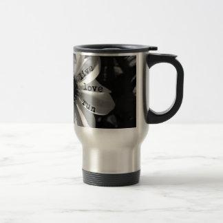 Funcionamiento vivo del amor por los diseños de taza de viaje de acero inoxidable