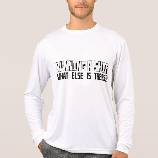 ¿Funcionando con una nave qué más está allí? Camiseta