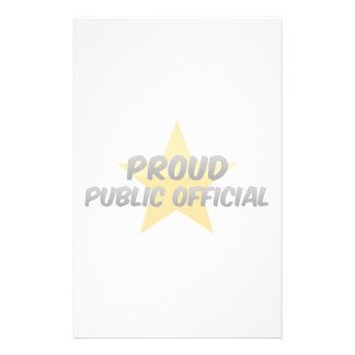 Funcionario orgulloso  papeleria