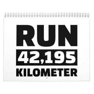 Funcione con 42.195 kilómetros calendario de pared