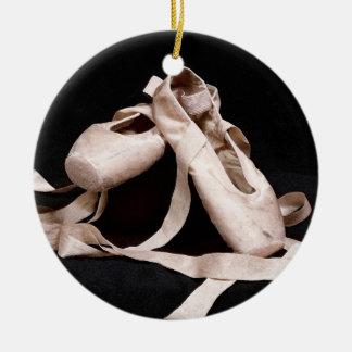 Fundación del ornamento del día de fiesta de los adorno navideño redondo de cerámica