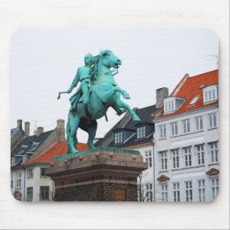 Fundador de Copenhague Absalon - Højbro Plads Alfombrillas De Ratones