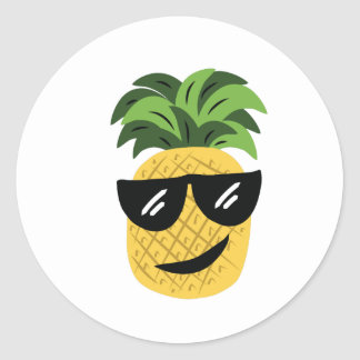Funky Pineapple Classic Round Sticker