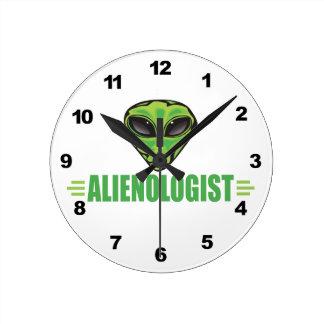 Funny Alien Lover Round Wallclocks