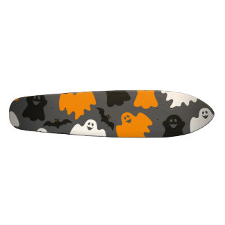 Funny and Spooky Halloween Ghost Pattern on Grey Skateboard