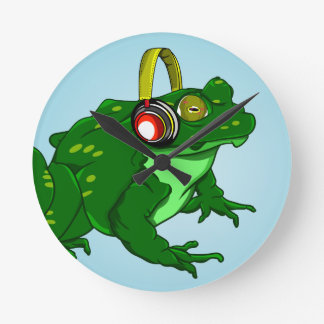Funny Bullfrog Wearing Headphones Round Clock