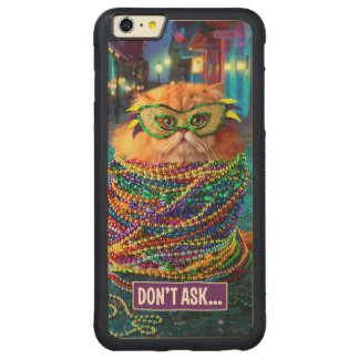 Funny Cat with Colorful Beads at Mardi Gras Carved® Maple iPhone 6 Plus Bumper Case