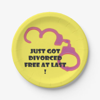 Funny Divorce free at last 7 Inch Paper Plate