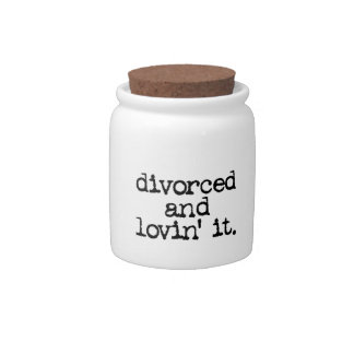 """Funny Divorce Gift """"Divorced and lovin' it."""" Candy Dish"""