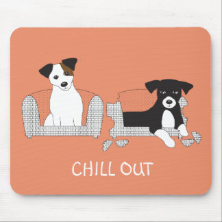 FUNNY DOGS RELAX ON THE COUCH - FUN DOG CHILL OUT MOUSE PAD