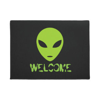 Funny green space alien head welcome door mat