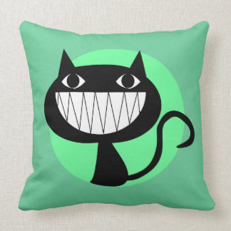 FUNNY GRINNING CAT (GREEN) THROW PILLOW