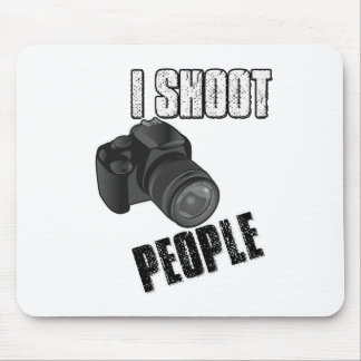 Funny I shoot people photographer Mouse Pad