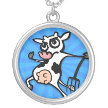 FUNNY LARGE SILVER PLATTED ROUND COW NECKLACE