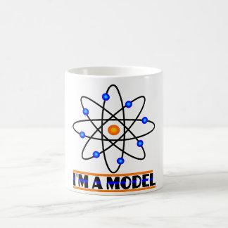 funny mug i m a model Model Molekul Mug