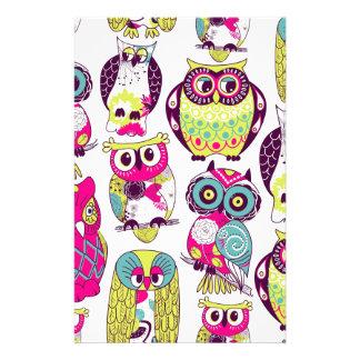Funny owls pattern stationery