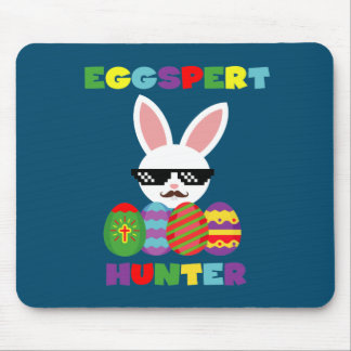 Funny Pink Hopping Easter Bunny for Egg Hunters Mouse Pad