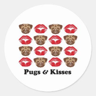Funny Pug Classic Round Sticker