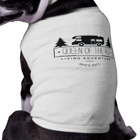 Funny Queen of RV Dog | Cute Camping RVer RVing T-Shirt