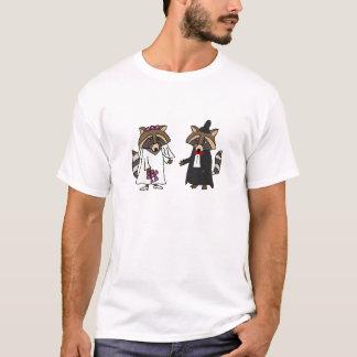 Funny Raccoon Bride and Groom Wedding Art T-Shirt