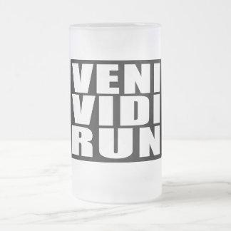 Funny Running Quotes Jokes : Veni Vidi Run Glass Beer Mug