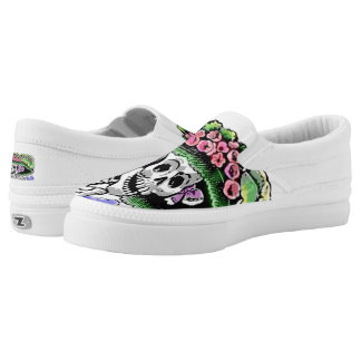 Funny Skeleton with funny hat and flowers Slip-On Sneakers