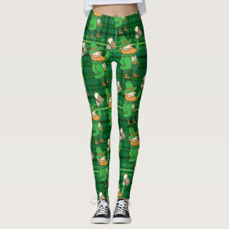 Funny St Patricks Day Leprachaun Drinking Beer Leggings