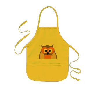 Funny staring cartoon owl apron