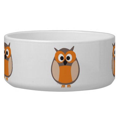 Funny staring owl cartoon pet bowl