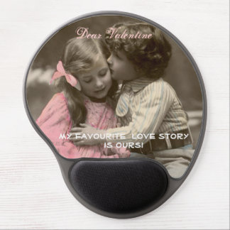 Funny Valentines Day Vintage Boy and Girl Gel Mouse Pad