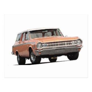 Furgoneta de Dodge del naranja 1964 Postal
