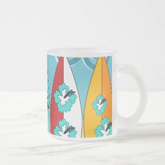 Furgonetas del Hippie del vago de la playa de las Taza De Café Esmerilada