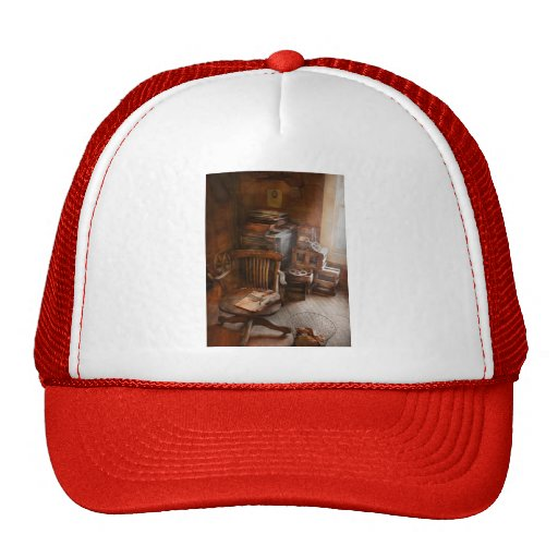 Furniture - Chair - The engineers office Mesh Hat