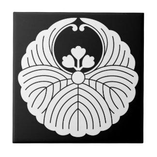 Fusen-style paulownia tile