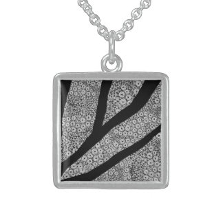 fusion_cell square pendant necklace