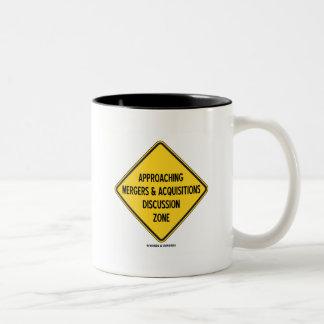 Fusiones y zona inminentes de la discusión de las  taza de café
