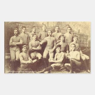 Fútbol 1888 de UMass Rectangular Pegatina