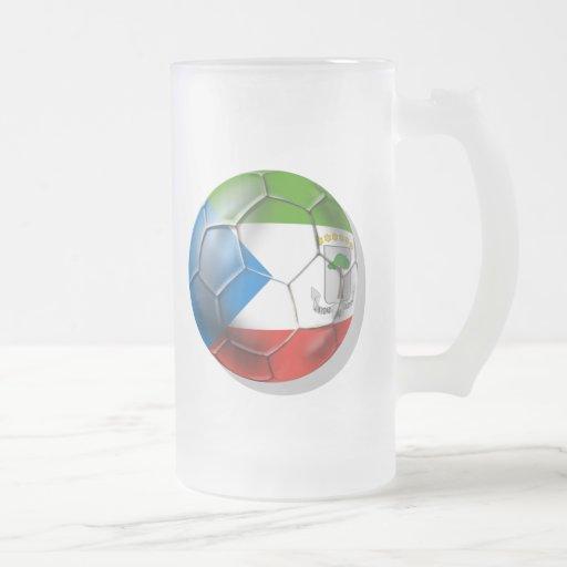 Fútbol 2014 del mundo de la Guinea Ecuatorial el B Tazas