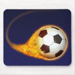 Fútbol ardiente del fútbol tapete de ratones
