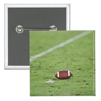 Fútbol cerca de la línea de las yardas pin