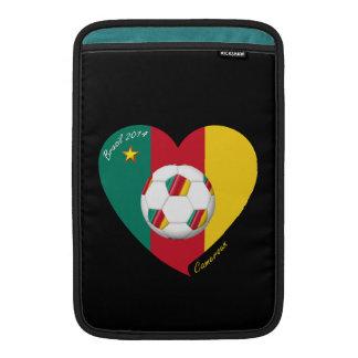 "Fútbol de Camerún, Soccer ""CAMEROUN"" FOOTBALL Team Funda MacBook"
